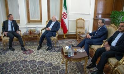ماكرون يوفد مبعوثا إلى إيران وترامب يتوعدها بعقوبات قريبة