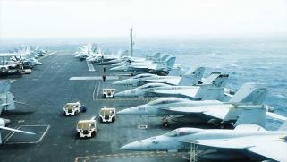 تصاعد التوتر في الخليج … واشنطن تسقط طائرة لطهران بعد إعلانها احتجاز ناقلة نفط