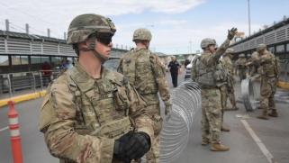 أميركا ترسل مئات الجنود لقاعدة الأمير سلطان الجوية بالسعودية