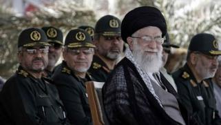 ماذا نفعل مع إيران؟