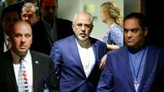 واشنطن تقيد حركة الدبلوماسيين الإيرانيين وأسرهم