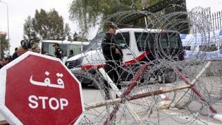 تونس تحافظ على الهدوء وتستمر في العمل بعد الهجوم الإرهابي الأخير