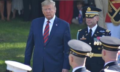 300 دبلوماسي ومسؤول أمني سابق يؤيدون مساءلة ترامب
