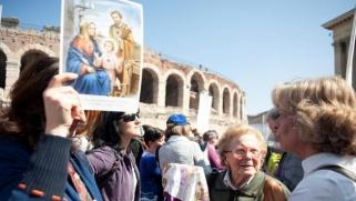 """""""أوروبا المسيحية""""… نحو استغلال الدين للتشدد مع الأقليات"""