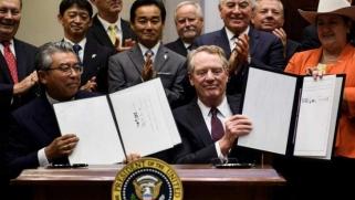 أمريكا توقع اتفاقية تجارية جديدة مع اليابان