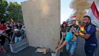 تحقيق استهداف متظاهري العراق: قوة مفرطة وقناصون