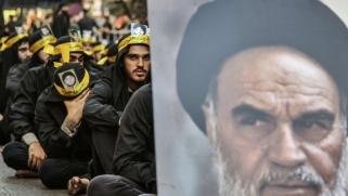 قرار خليجي بإعادة التموضع في لبنان