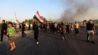 مع انفجار الاحتجاجات، يجب على العراق أن يكون جاداً بشأن الإصلاح