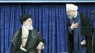 استقواء إيراني موجّه للخارج يقابله استعطاف لمغازلة الداخل