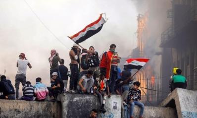 رئيس وزراء العراق المستقيل يحثّ البرلمان على اختيار خليفته سريعا