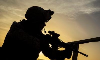 واشنطن تستقدم مئات من الجنود والآليات لتعزيز وجودها في العراق