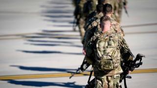 انقسام عراقي طائفي وعرقي على قرار إخراج القوات الأميركية