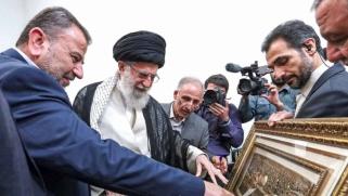 حماس تغامر بخسارة مصر بانحيازها إلى إيران