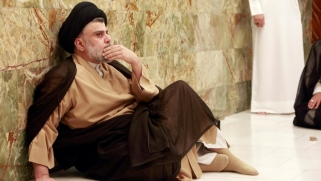 منافس شعبوي ويصعب التكهن بتحركاته.. هذه وعود فصائل عراقية لمقتدى الصدر