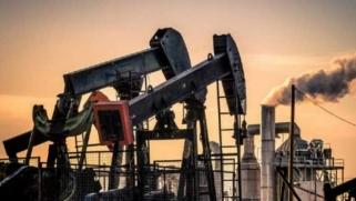 """""""كورونا"""" يهبط بأسعار النفط صوب أدنى مستوى منذ 2017"""