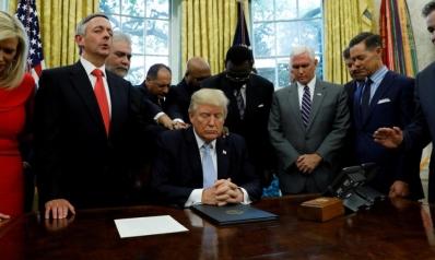 بين نهاية العالم وعودة المسيح.. لماذا يدعم الإنجيليون الأميركيون ترامب وإسرائيل؟