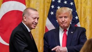 ما حقيقة الموقف الأميركي في الصراع التركي الروسي شمال سوريا؟
