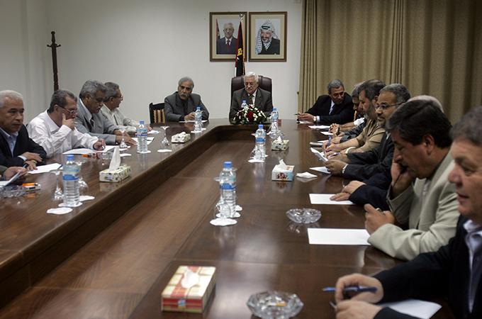 مستقبل السلطة الفلسطينية وتحدي تجديد البنية