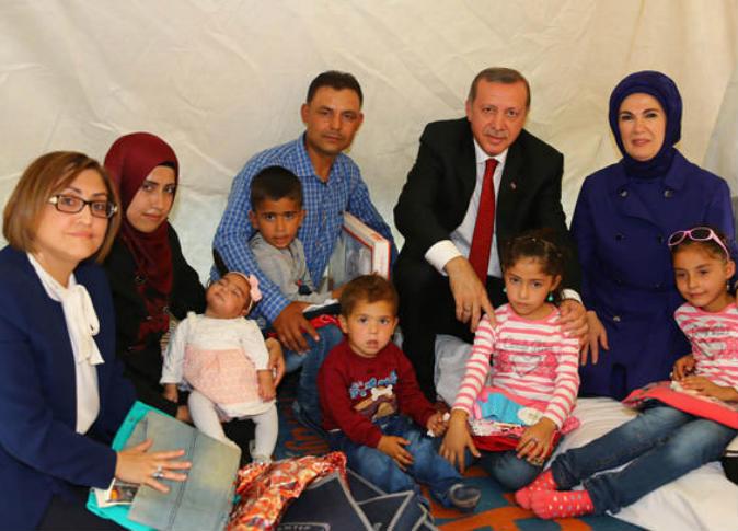 الموقف التركي من قضية اللاجئين السوريين