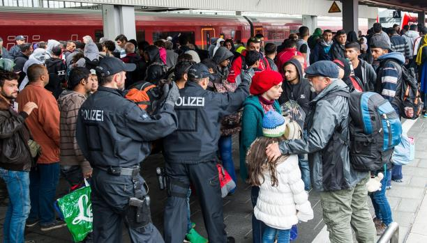 اللجوء إلى أوروبا وانعدام الأمل بحل الأزمة في سورية