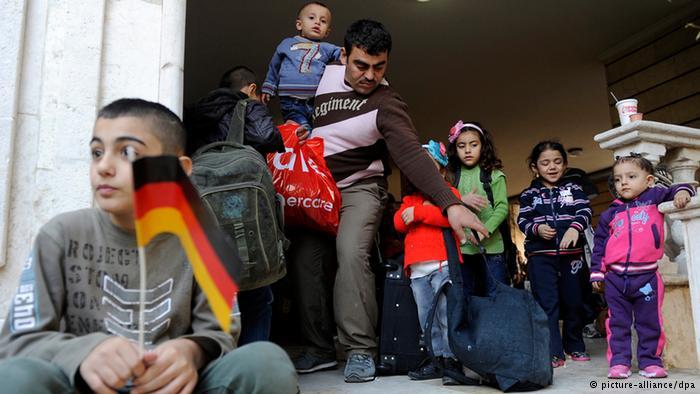 أوروبا تتجدد بفتحها الباب أمام المهاجرين