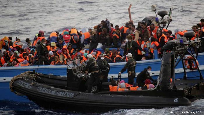 اللاجئون واللعبة الدوليّة