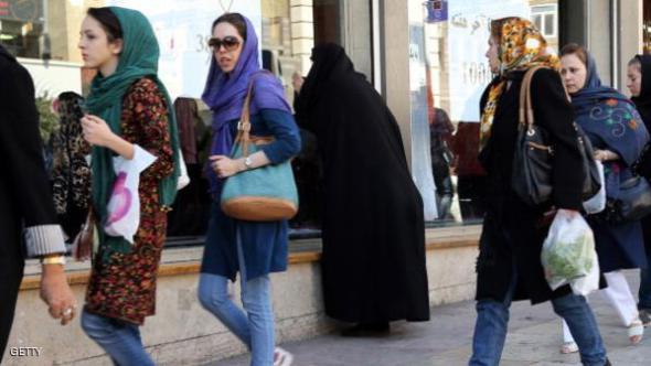تناقضات إيران: نظام محافظ ومجتمع منفتح