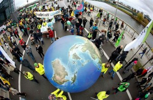 ss-151130-climate-global-protests-jpo-03.nbcnews-ux-1024-900
