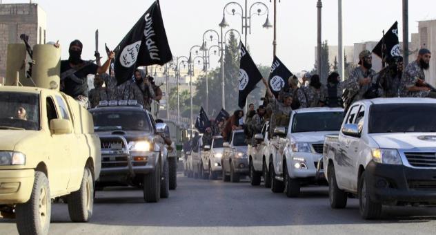 """معضلة الطائفية: كيف يرى الشارع العراقي تنظيم """"داعش""""؟"""