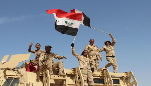 """معارك عنيفة بين القوات العراقية و""""داعش"""" عند مشارف هيت"""