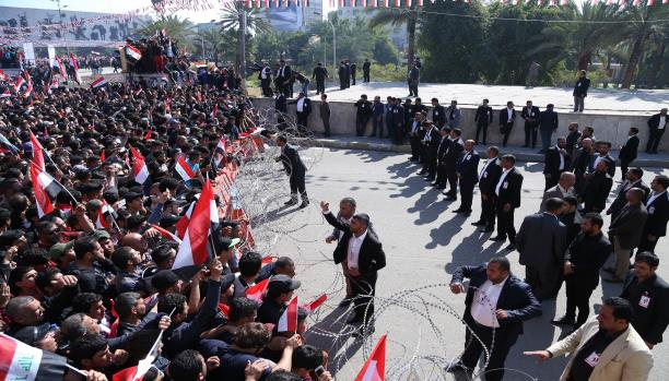 العراق: تظاهرات الصدر استعراض للقوة وضغط على العبادي