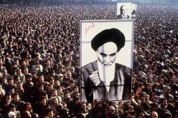 إيران لا تصدّر الثورة!