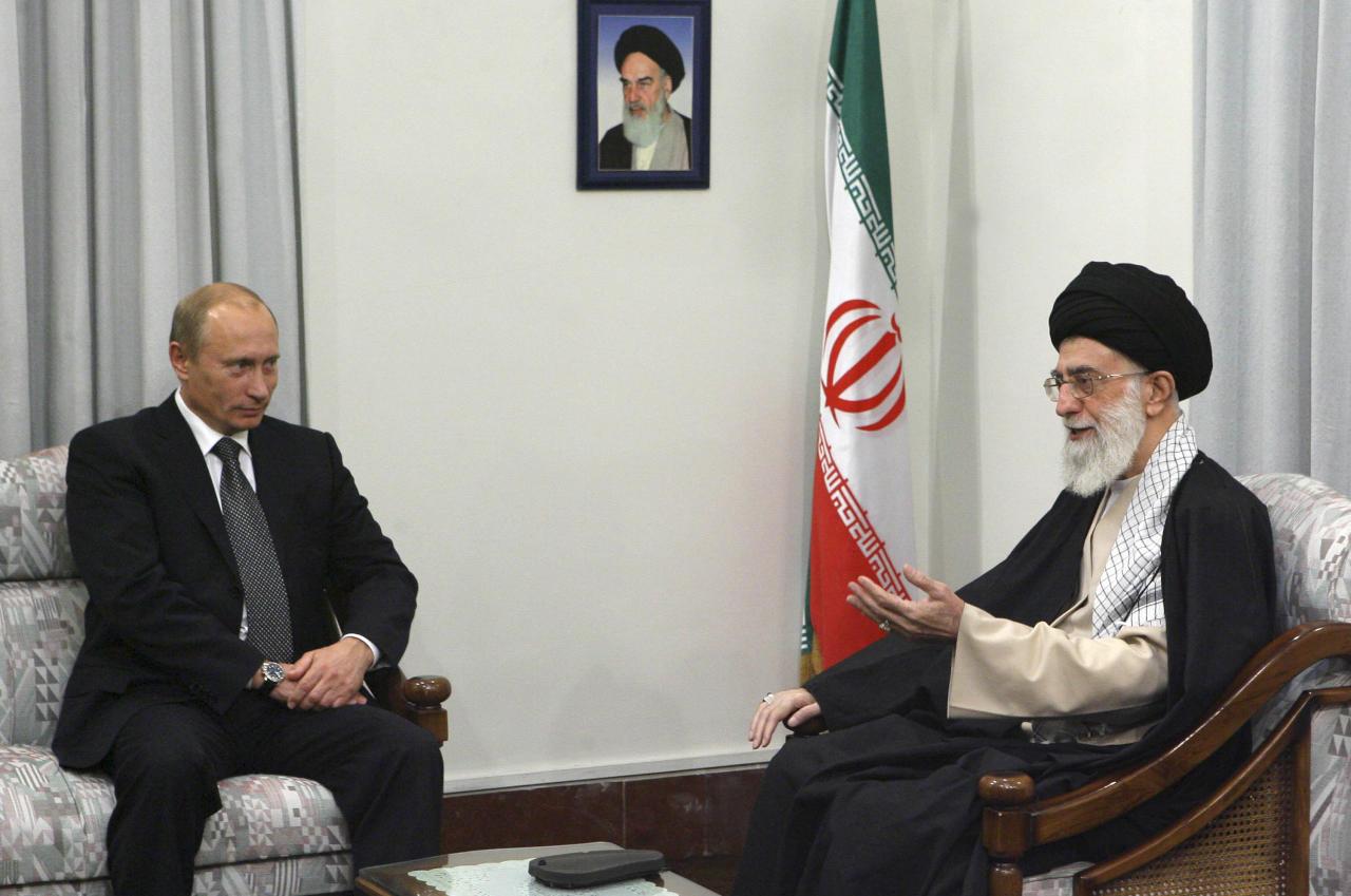 رؤية في العلاقات الروسية الإيرانية
