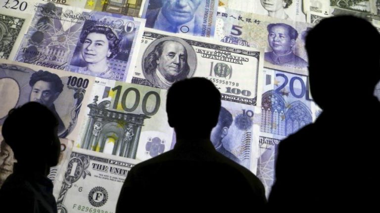 What does it mean to float the currency