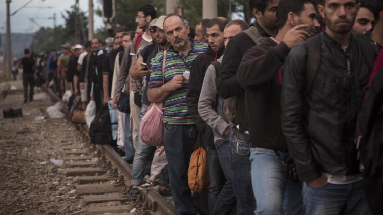 لا شيء يوقف أوروبا عن اصطياد الإرهابيين في مخيمات اللجوء