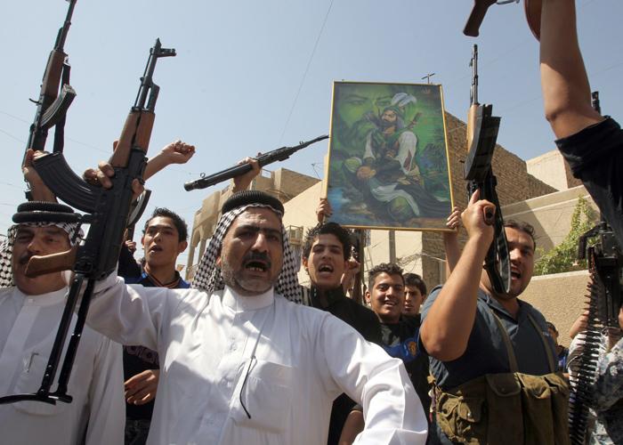 العشيرة العراقية بديل ضعيف عن دولة دمرها الاحتلال