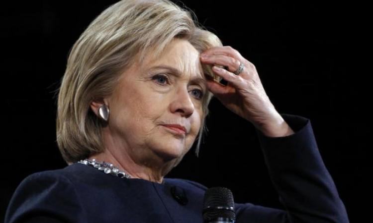 صحة هيلاري ومتاعبها السياسية
