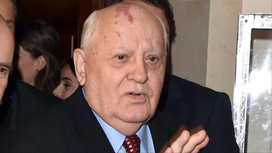 غورباتشوف.. رئيس حاول إصلاح الاتحاد السوفياتي ففككه