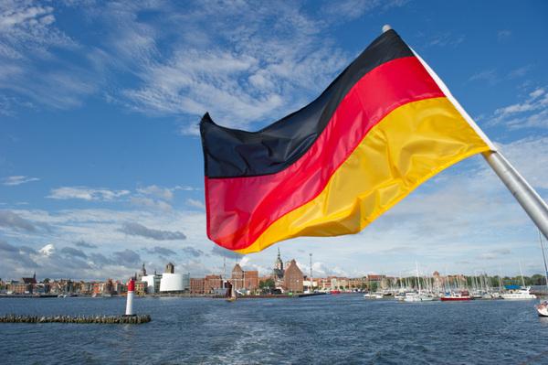 ألمانيا لقيادة أوروبا في مواجهة العهد الأميركي الغامض
