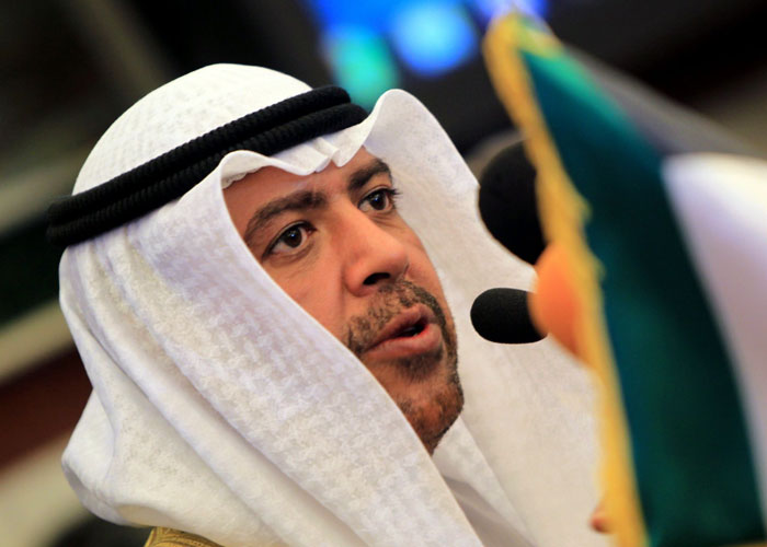 استقالة الشيخ أحمد الفهد تطيح بمستقبله السياسي في الكويت
