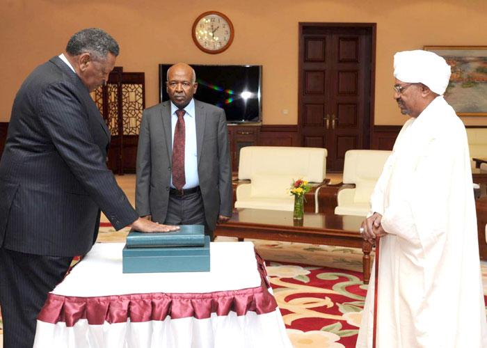 الأوضاع الاقتصادية أبرز التحديات أمام حكومة الوفاق السودانية
