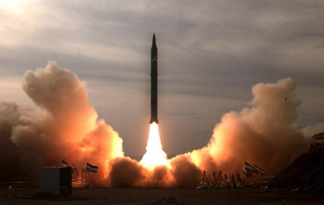 الهجمات الصاروخية الإيرانية تكشف نقاط ضعفٍ عسكرية محتملة