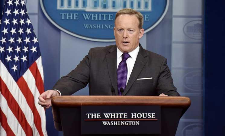 """البيت الأبيض يتهم الديمقراطيين بـ""""التواطؤ"""" مع اوكرانيا في انتخابات 2016"""