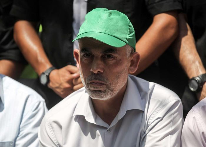 السنوار يقر بالدعم العسكري الإيراني لحركة حماس