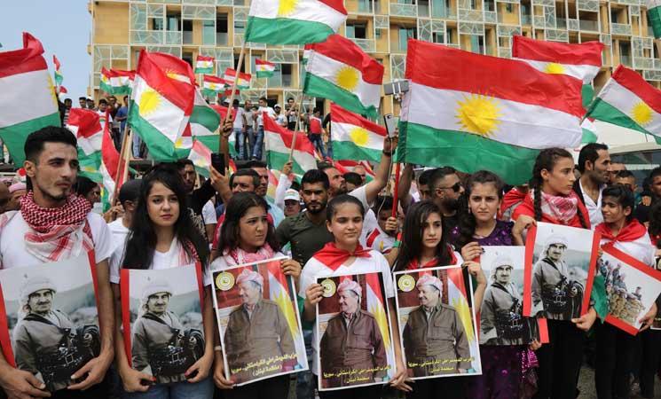 معصوم يسعى لإقناع الأحزاب الشيعية بمبادرة مشروطة لتسوية الخلاف مع الأكراد