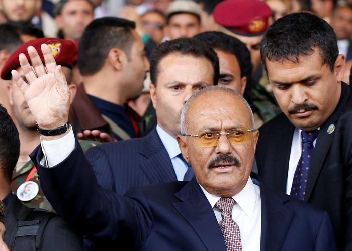 صالح ينضمّ كليا للحوثيين بعد هزيمته في آخر معركة ضدهم