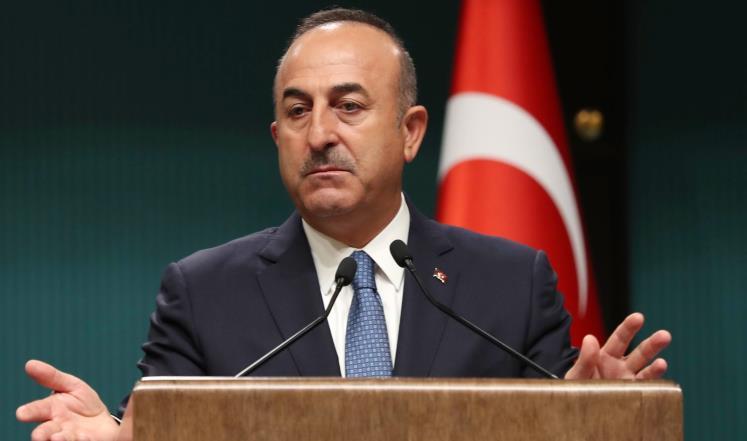 أوغلو يؤكد دعم أنقرة لبغداد وموسكو تدعو للحوار
