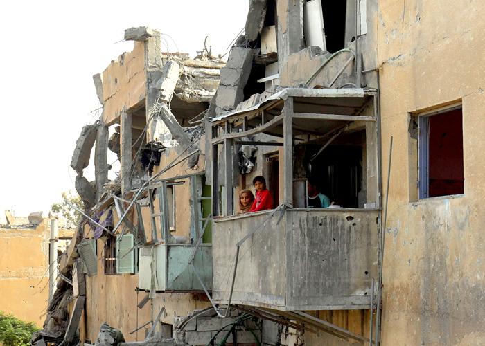سوريا: ماذا يعني النصر في بلد مدمر وفاقد للسيادة؟