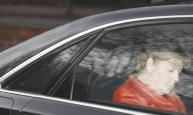 أزمة غير مسبوقة في ألمانيا وميركل ترفض الاستقالة
