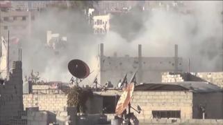 غارات جوية وقصف مدفعي على ريف حلب الجنوبي